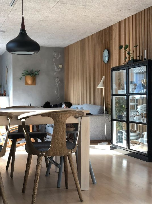 wooden-acoustic-slat-wall-panels-dining-room